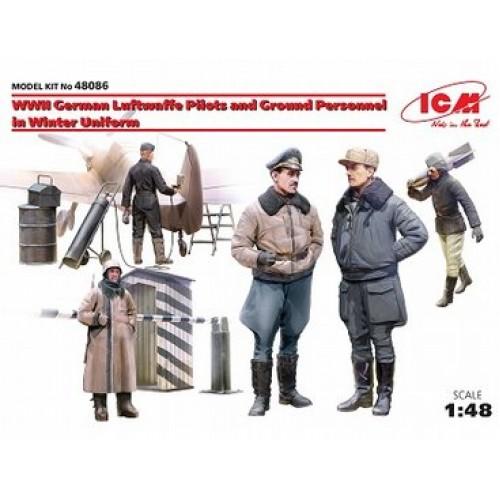 1/48  ICM WWII German Luftwaffe Pilots & Ground Personnel in Winter Uniform 48086