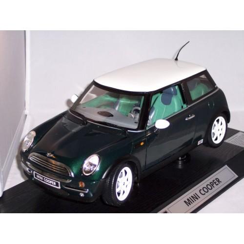 1/12 Revell Mini Cooper Green code 08450