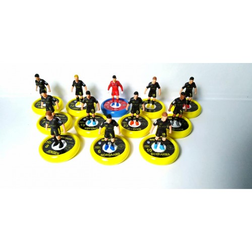 Subbuteo Andrew Table Soccer Brentford 2nd kit 2019-20 on Aeolus Pro Bases