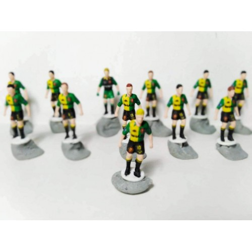 Subbuteo Andrew Table Soccer Manchester United 1992-94 2nd no bases only 12 figures